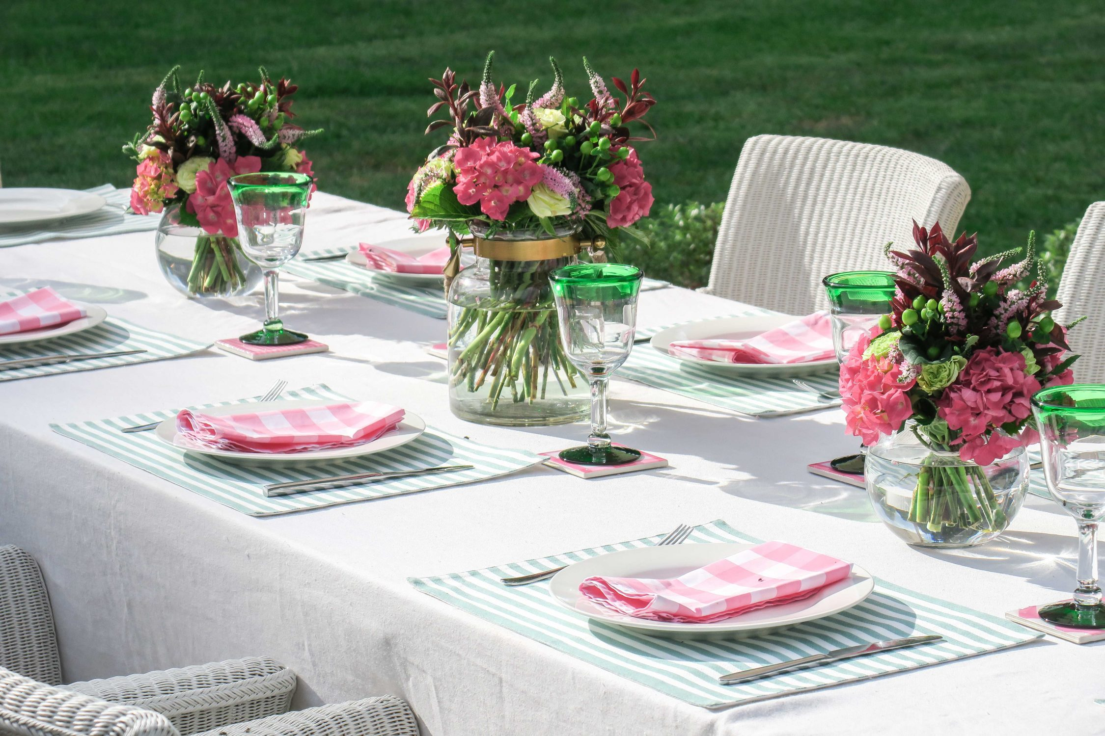 Cottonwood and Co - pink and green table decor