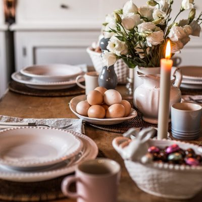 Simple Easter Table Setting - Nicki Dobrzynski - Cottonwood & Co