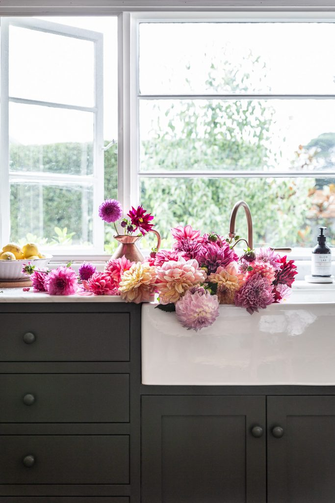 Cottonwood green country kitchen and dahlias